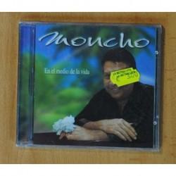 MONCHO - EN EL MEDIO DE LA VIDA - CD